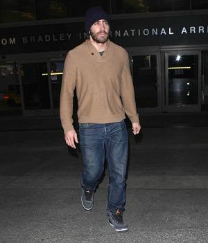 Jake Gyllenhaal splits from his model girlfriend Alyssa Miller