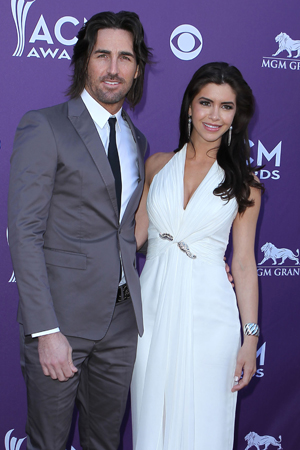 Jake Owen gets arrested and married in the same weekend