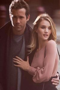 Ryan Reynolds and Rosie Huntington-Whiteley are