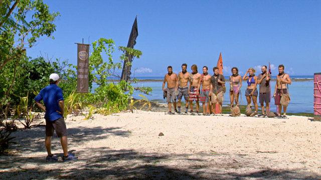 Jeff Probst with final 9 castaways on Survivor: Millennials Vs. Gen-X