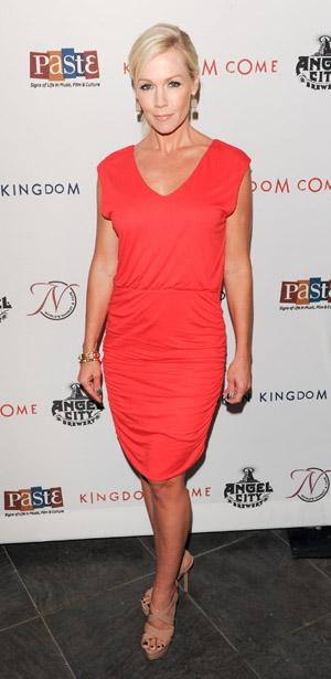 Jennie Garth talks divorce