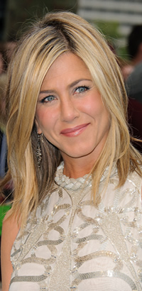 Jennifer Aniston's straight hairstyle at the Horrible Bosses premiere