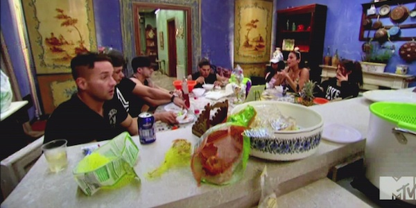 Jersey Shore house is totally trashed.