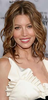 Jessica Biel curly hairsrtyle