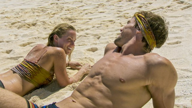 Jessica Johnston on beach with Cole Medders during Survivor: Heroes Vs. Healers Vs. Hustlers