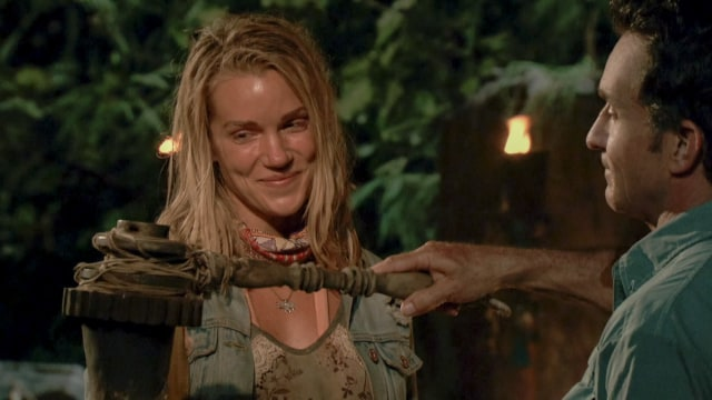 Jessica Johnston voted off Survivor: Heroes Vs. Healers Vs. Hustlers