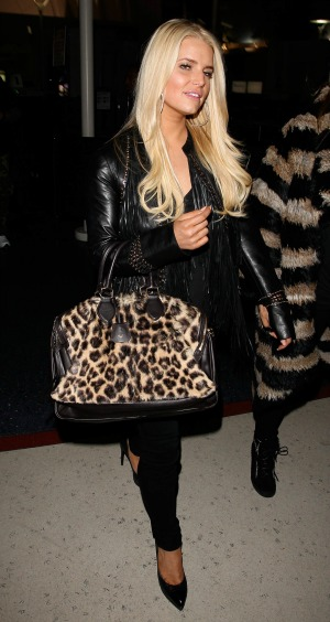 Jessica Simpson no longer getting married in Italy
