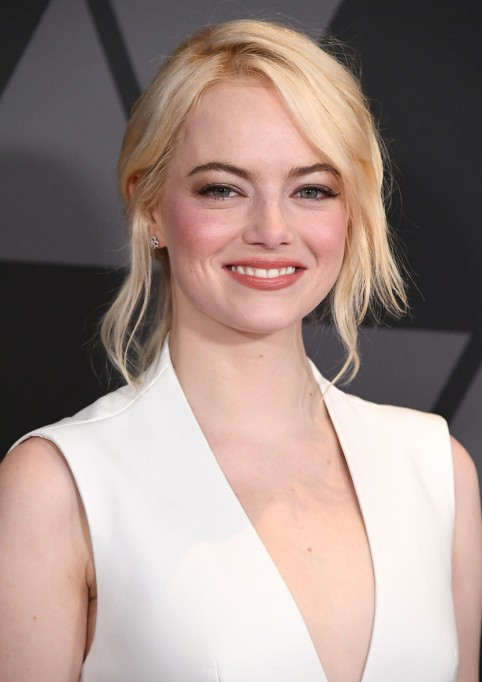 Celebrities Who Embrace Their Acne | Emma Stone