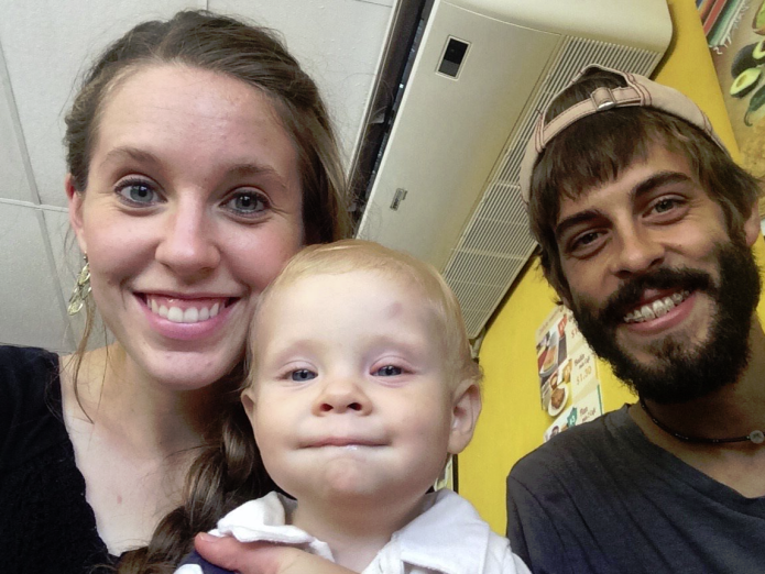 Photo of Jill Duggar's baby causes