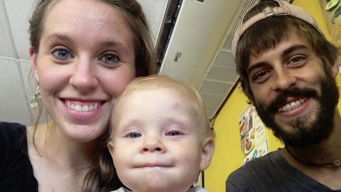 Photo of Jill Duggar's baby causes