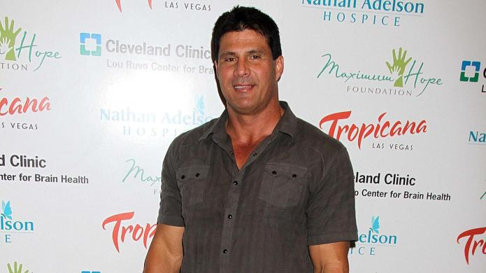 Jose Canseco rushed to hospital after