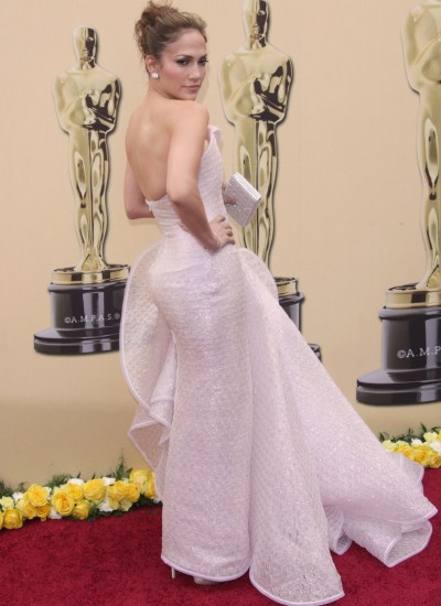 Oscar fashion: Jennifer Lopez loses