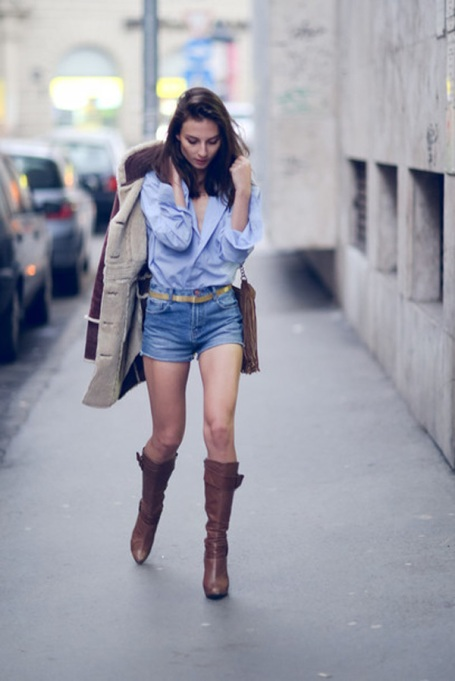 Bloggers Show You How to Wear Shorts for Fall : Venka Vision