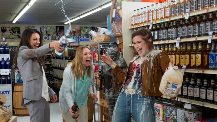 15 ways 'Bad Moms' is basically