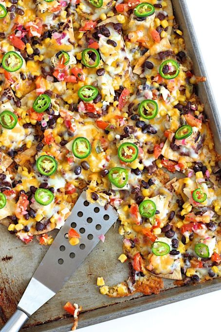 One-pot summer meals | Sheet pan chicken nachos