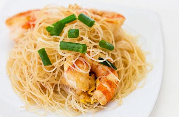 Quick Asian noodles with shrimp recipe