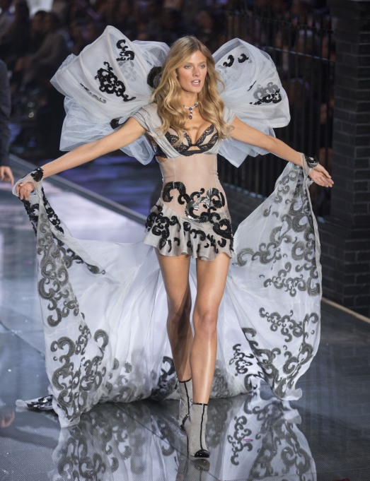 2015 Victoria's Secret Fashion Show Constance Jablonski
