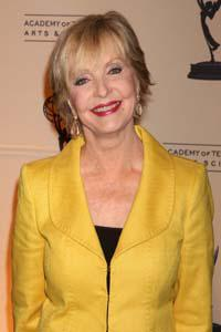 Ewww! Florence Henderson caught crabs from