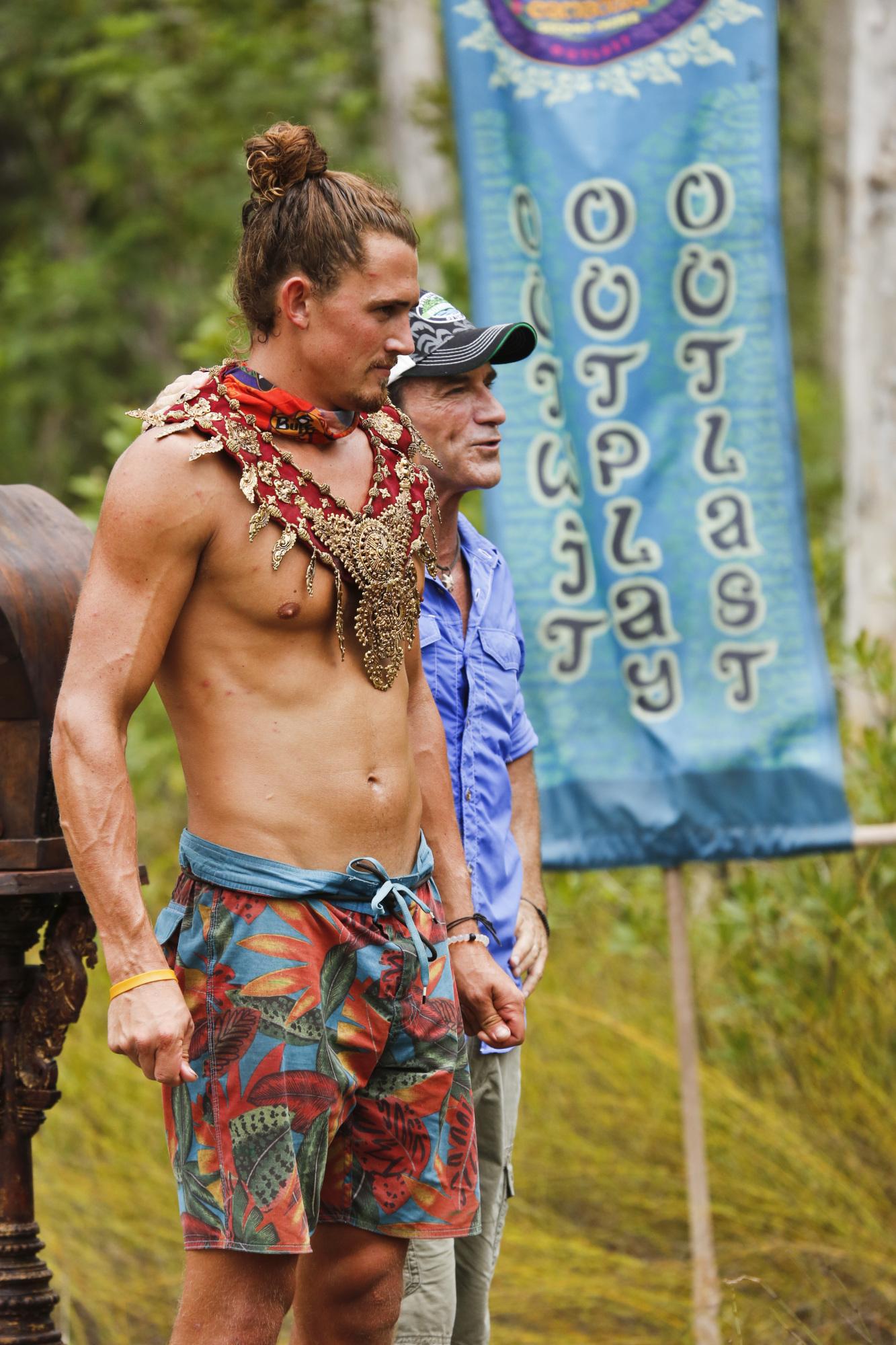 Joe Anglim wins Immunity on Survivor: Second Chance