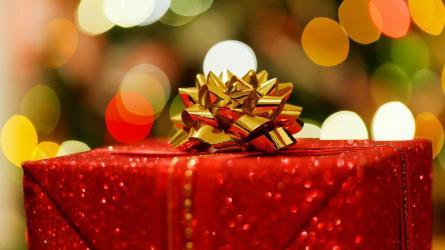 10 Secret Santa gift ideas for