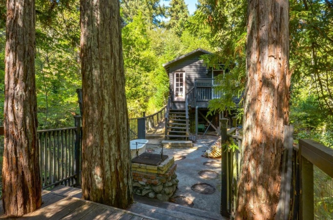 A $349,000 Tiny Cabin in California