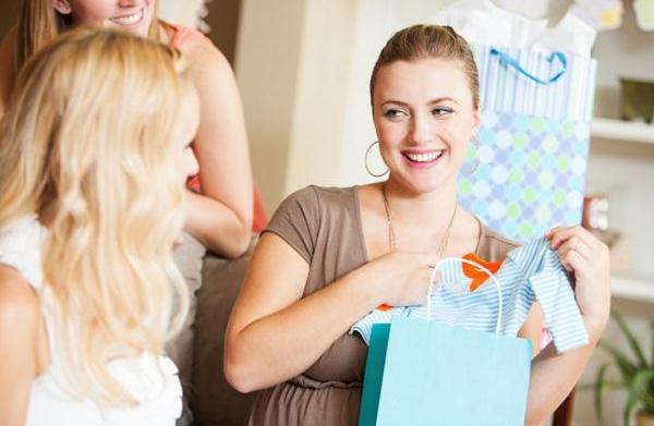 Tips for building a baby gift