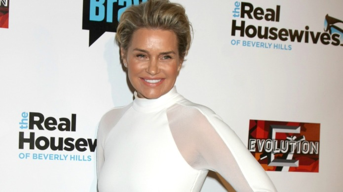 Yolanda Foster inspires fans with vulnerable