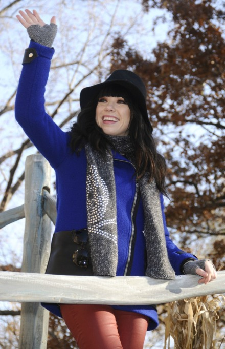 Macy's Thanksgiving Day Parade: Carly Rae Jepsen