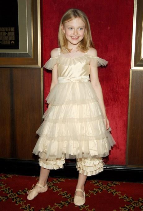 Dakota Fanning young fashion