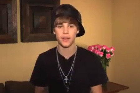 Justin Bieber records a anti-bullying PSA