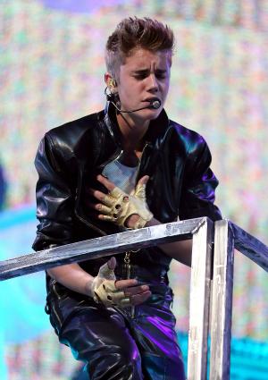 Justin Bieber Performing Live in Las Vegas