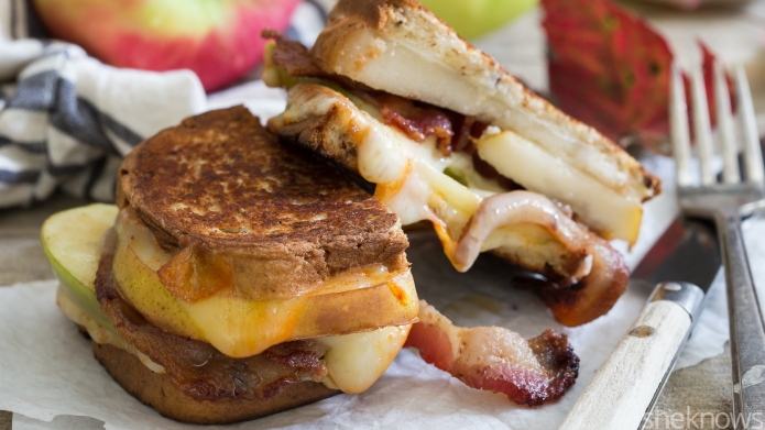 Pear, apple and bacon grilled cheese