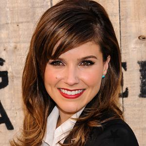 Sophia Bush tapped to host the
