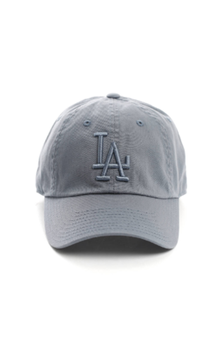 Must-Have Fall Hats: American Needle LA Dodgers Baseball Hat | Fall Fashion Trends