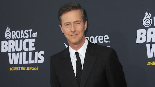 Edward Norton arrives for the Comedy Central Roast of Bruce Willis held at Hollywood Palladium