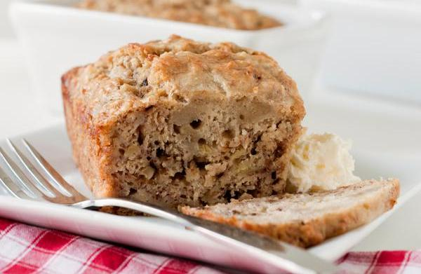 Sugar-free banana bread with whole wheat