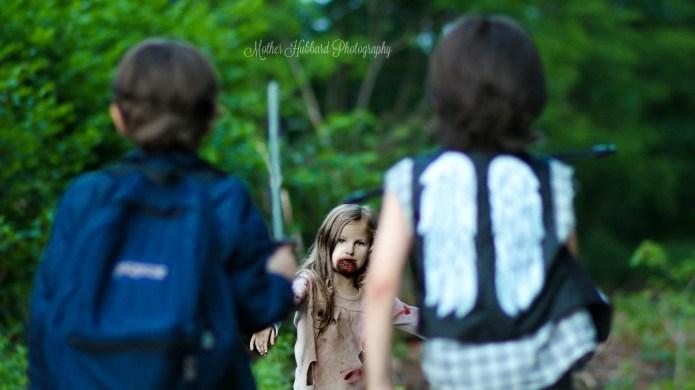Little kids did a 'Walking Dead'