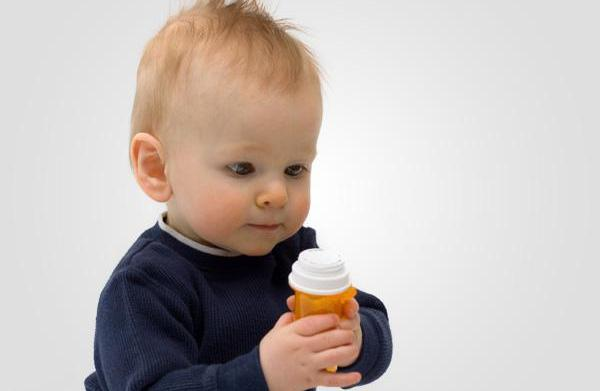 How to safely store children's medication