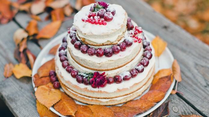 autumn wedding cake on a stand