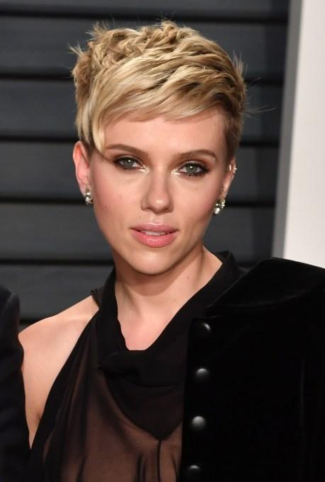Celebrity Pixie Cuts | Scarlett Johansson