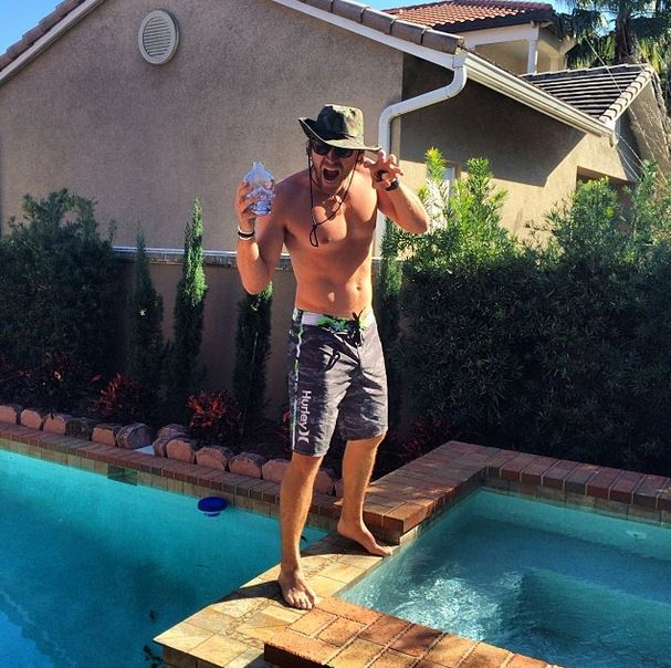 Shirtless Country Singers