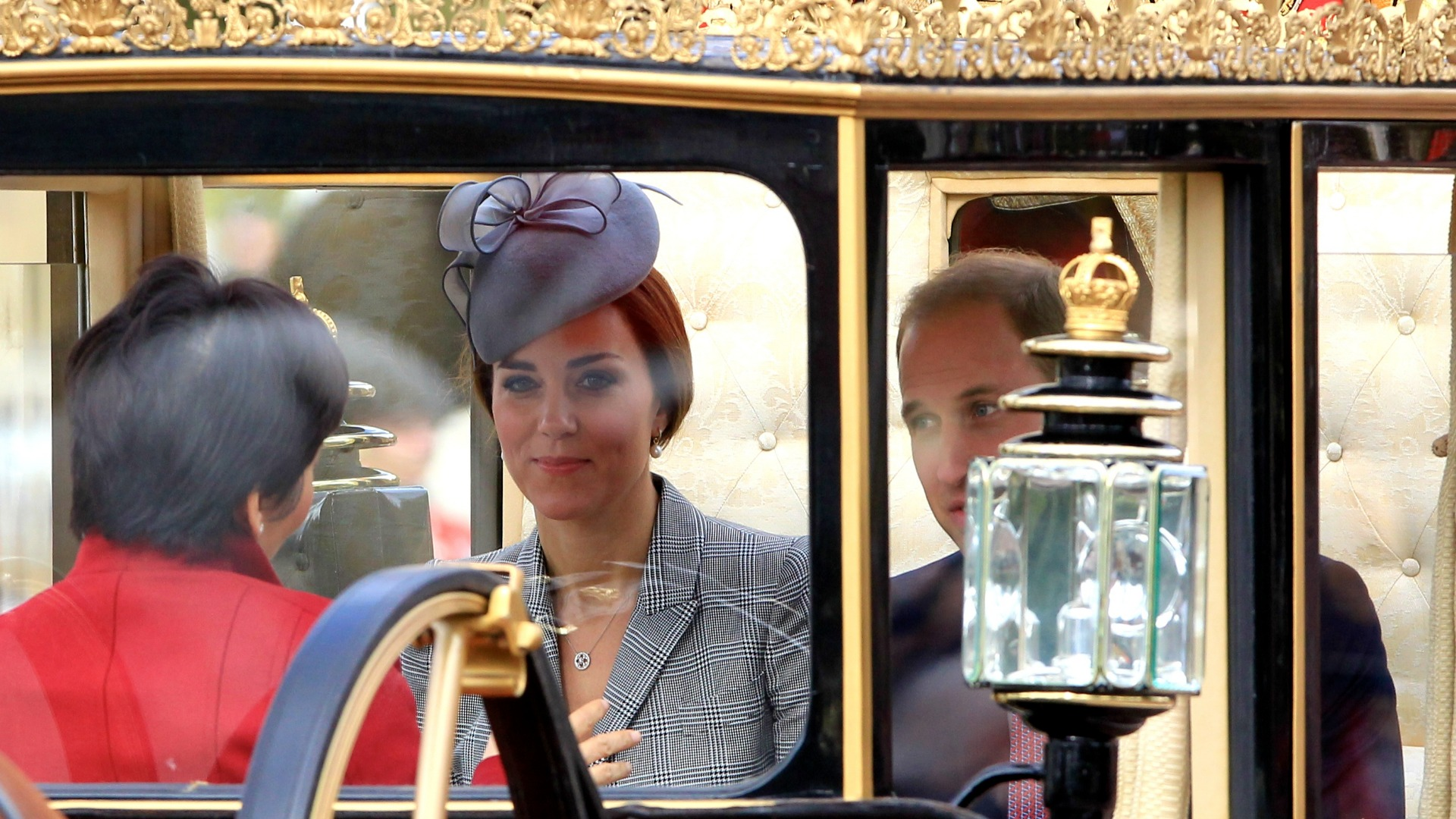 Kate Middleton travels in carriage to Horse Guards Parade