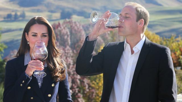 Duke and Duchess of Cambridge drinking wine