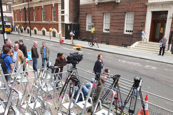 Photographers outside the Lindo wing