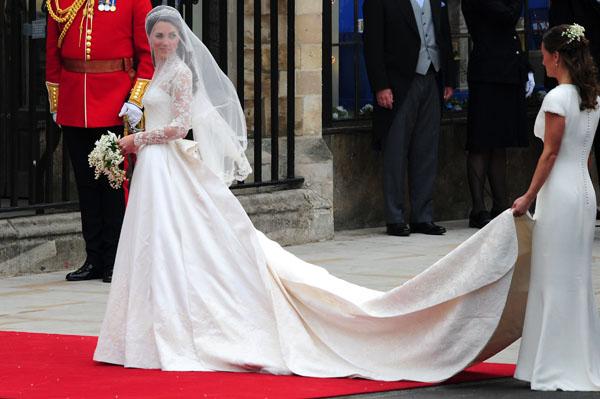 Princess Kate Wedding Dress.Fashion Face Off Princess Madeleine Vs Kate Middleton Sheknows