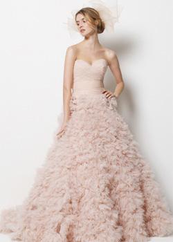 Sweetheart chapel train Wedding Dress