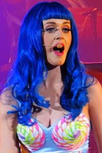 katy perry singing