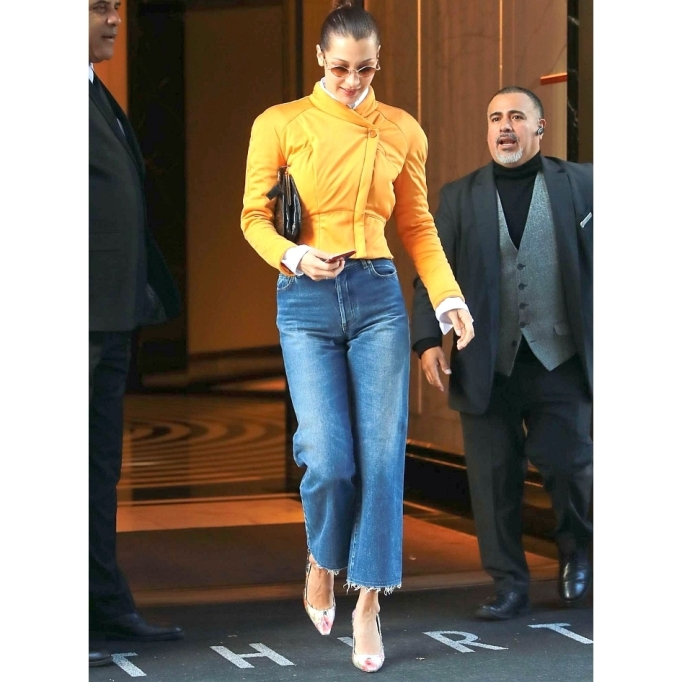 Celebrities Who Wore Wide Leg Jeans and Looked Damn Good | Bella Hadid
