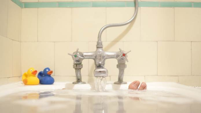 Hot Baths Might Benefit Your Body