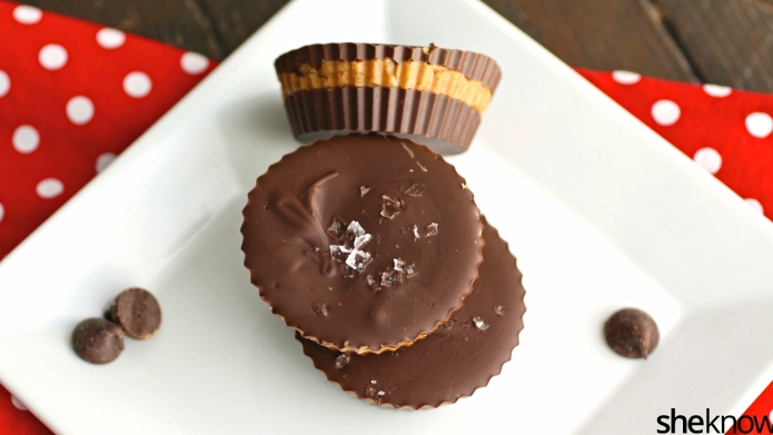 No-bake chocolate-almond butter cups are ridiculously